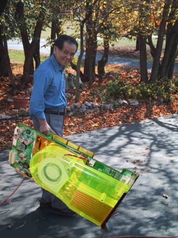 NVIDIA Geforce FX 5800 Ultra - leaf blower funny