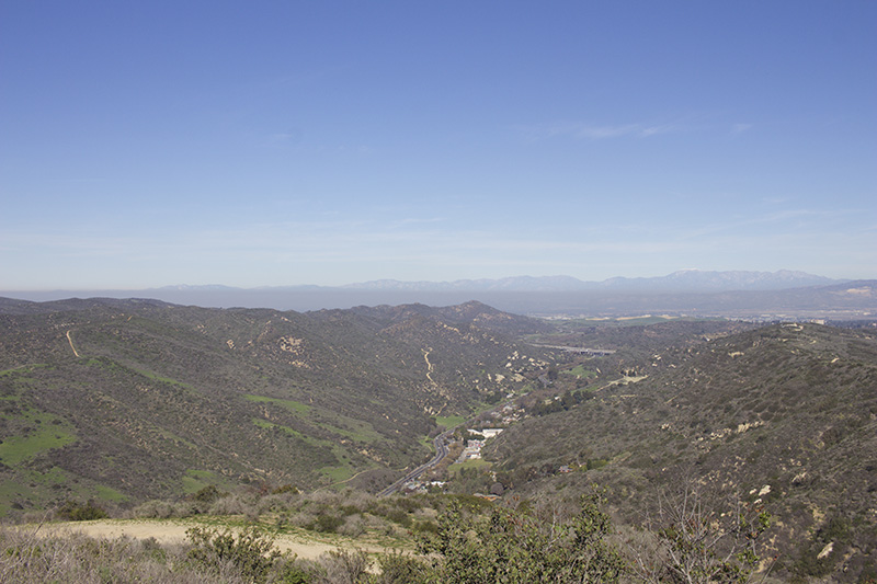 Laguna Canyon, looking east towards Irvine (and NW towards the LA smog). Full-auto - ISO 100, f/9, 1/320.