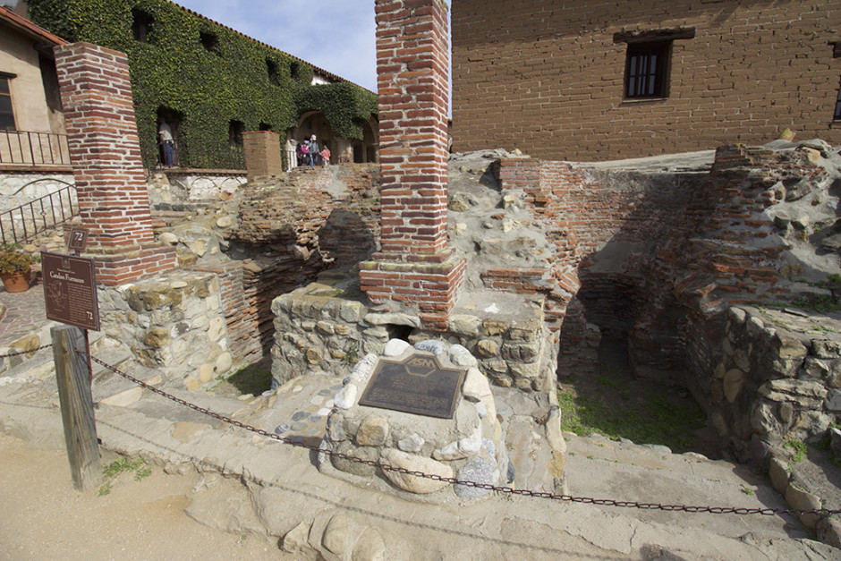 Ore smelting furnaces at Mission San Juan Capistrano, 10-18mm (@10mm).