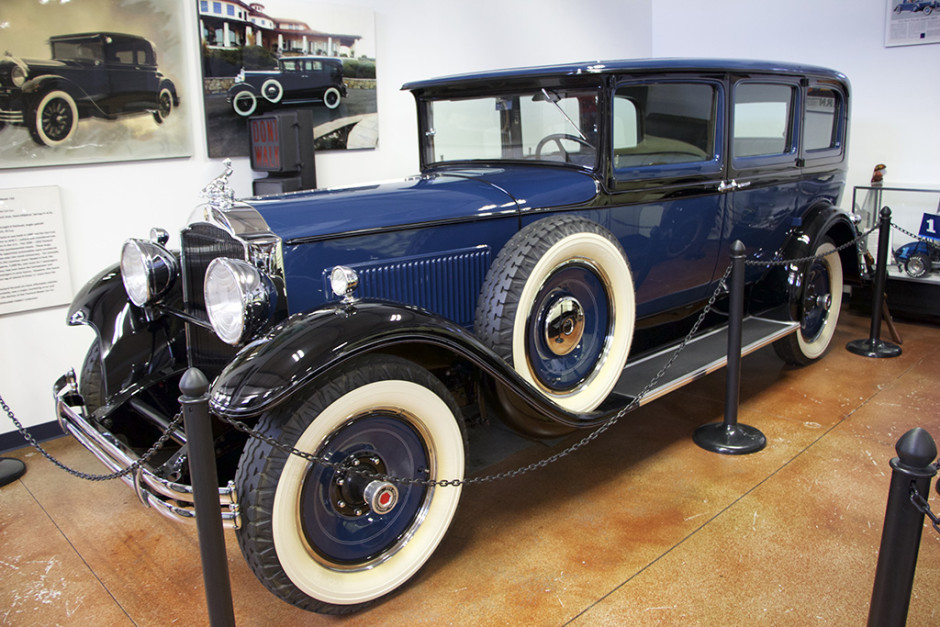 A prime example of the 1930 Packard Model 733 Club Sedan.